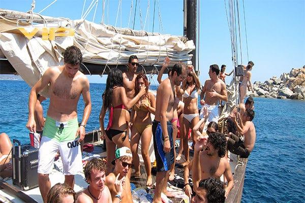 Barcos para todo tipo de ocasión en los cabos