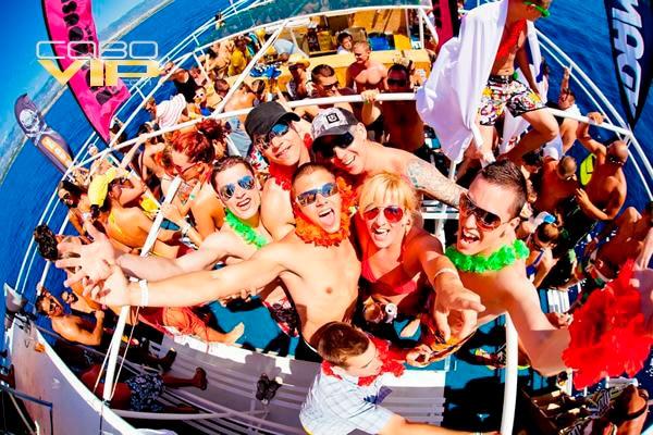 Catamaranes para fiestas en Cabo San Lucas