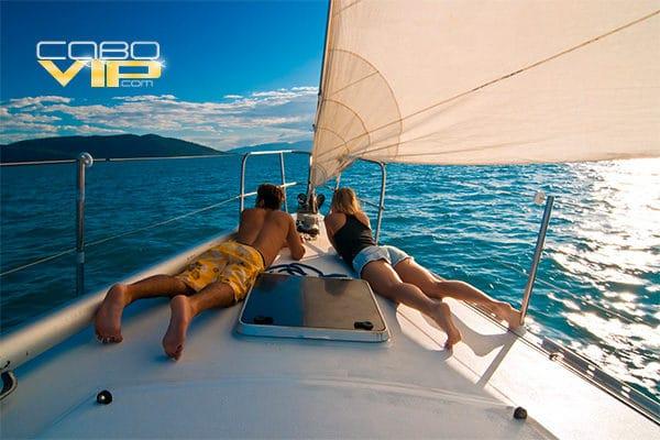 Veleros de Lujo para Citas Románticas en Cabo