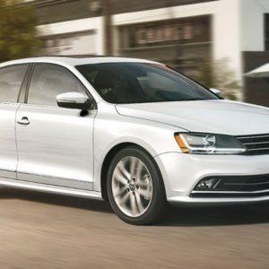 Renta un Volkswagen Jetta en los Cabos
