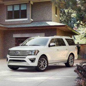 Renta una Camioneta Ford Expedition en los Cabos