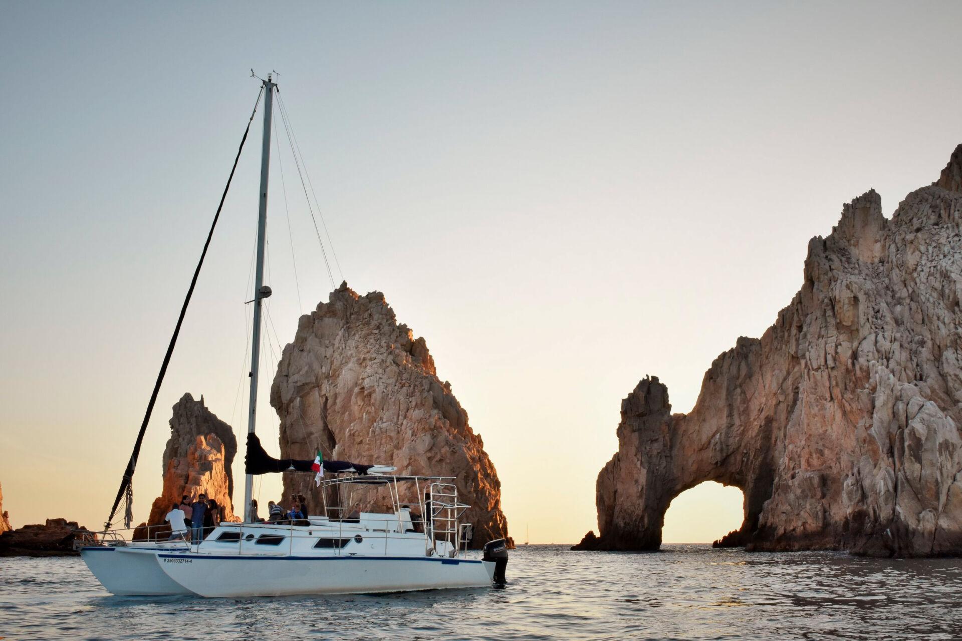 Catamaran, Trimaran, Velero renta en Los Cabos