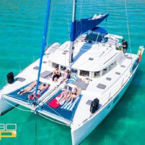 Catamarán todo incluido en La Paz 45